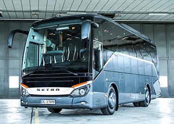 Busservice von Blacklimousines